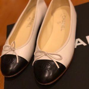Chanel   Classic ballerina flat